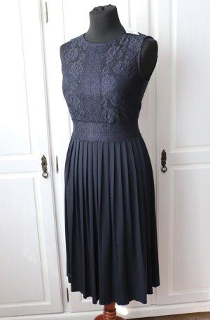 Neues dunkelblaues Spitzen Abend Cocktail Kleid von H&M Größe S 36 38 Plissee