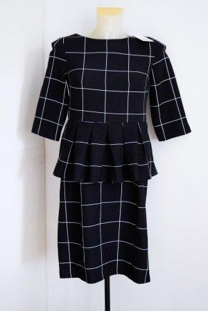 Robe fourreau noir-blanc
