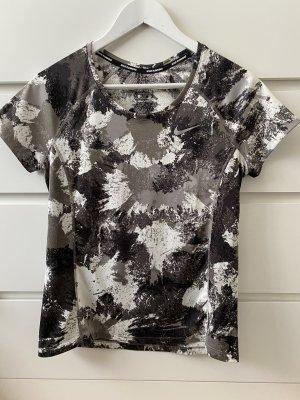Neues graues weißes schwarzes T-Shirt von Nike M 38