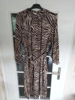 Neues Kleid!