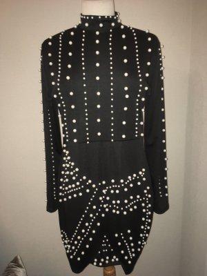 Neues Kleid mit Perlen . Gr42