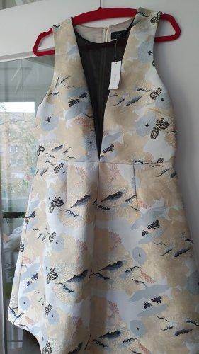 Neues Kleid mit transparenten Einsatz und Reißverschluss in der 38 Größe