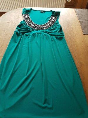 neues Kleid nie getragen
