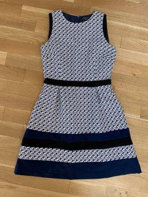 Neues Kleid! Super für Freizeit und Büro geeignet!