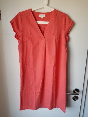 armedangels Robe mi-longue rouge framboise