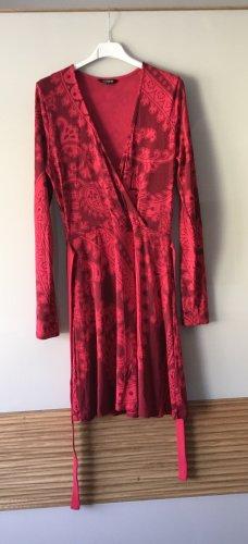 Neues Kleid von Desigual