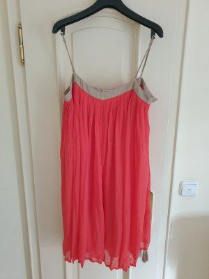 Neues Kleid von Mango, Gr. M