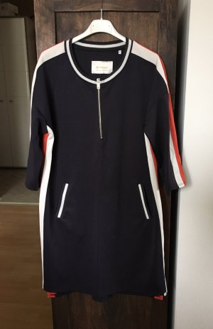 Neues Kleid von RICH&ROYAL