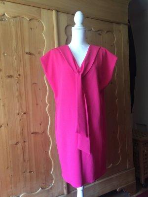 Neues Kleid von Rinascimento