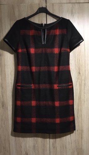 Neues Kleid von S Oliver