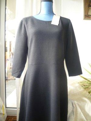 Neues Kleid von TOM TAILOR  schwarz Gr. XXL