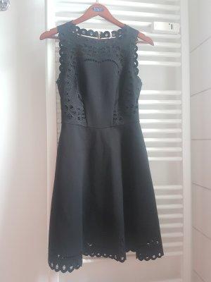 neues Mini-Kleid von Ted Baker, mit Etikett