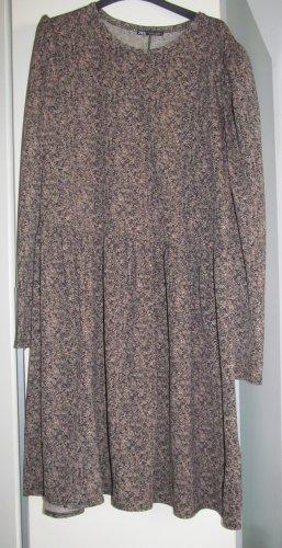 Neues (ohne Etikett) Kleid von Zara