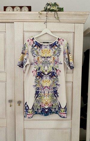 Neues Printkleid von Fashion Union, Floral