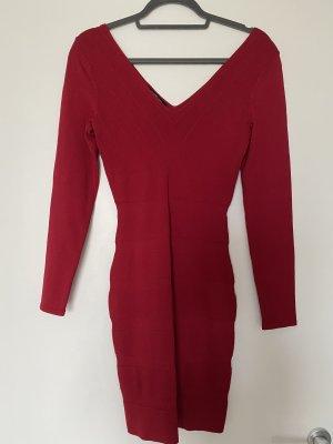 Neues Rotes Abendkleid mit V Ausschnitt