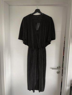 Neues schönes Kleid