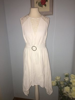 Neues schönes Kleid von French Connection