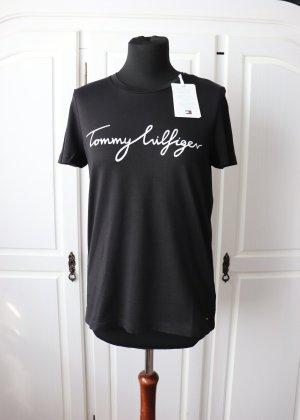 Neues schwarzes T-Shirt von Tommy Hilfiger Größe S mit Aufdruck