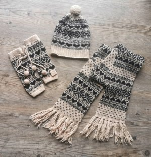 Accessoires Knitted Scarf black-cream