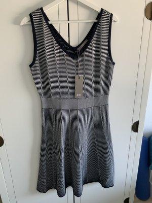 Neues Sommerkleid von Jake's