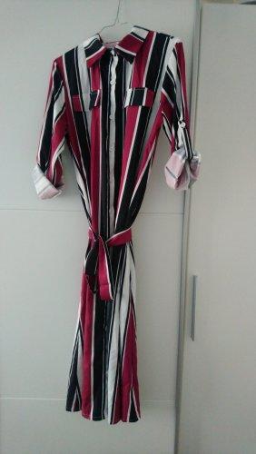 Neues und ungetragenes Kleid