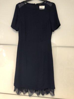 Neues ungetragenes Kleid