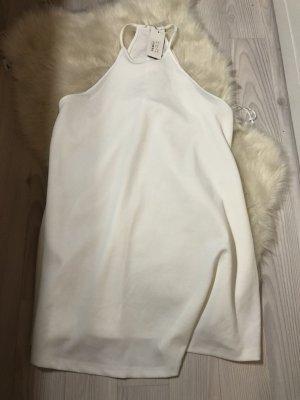Neues weißes Kleid