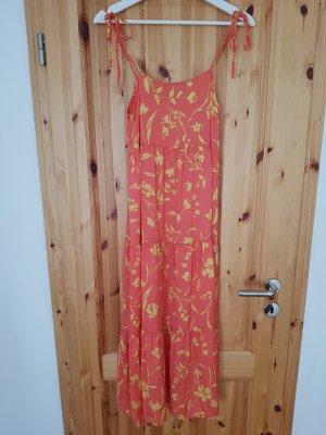 NEUES Zara Kleid mit Blumenmuster Trend Blogger Musthave