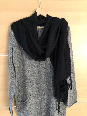 Neutraler Schal in schwarz
