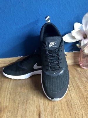 Neuwerige Nike Air Max Thea