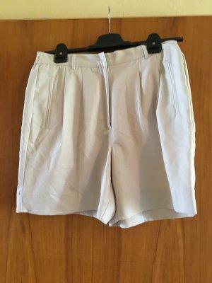 NEUWERTIG - KAUM GETRAGEN - beige Van Heusen Shorts, 100% Baumwolle, Größe 14 / 44, - NEUWERTIG, KAUM GETRAGEN
