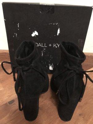 Neuwertig! Kendall +Kylie Stiefeletten in schwarz Gr. 39