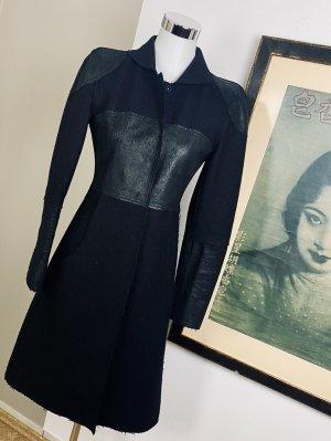 Fendi Abrigo de lana negro