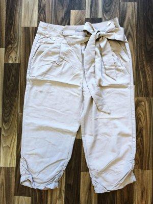 Neuwertig Orsay Hose Shorts Chino 3/4 beige Größe XS Damen Neu 29,99€