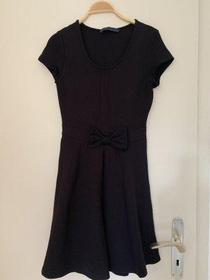 Neuwertig! Schickes Kleid, sowohl Casual als auch Business tragbar