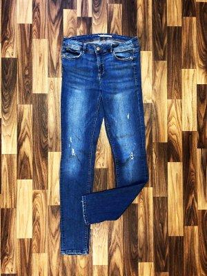 Neuwertig Zara Jeans Skinny Vintage Look Größe M high rise Used Look Risse