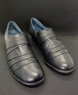 Caprice Slip-on Shoes black leather