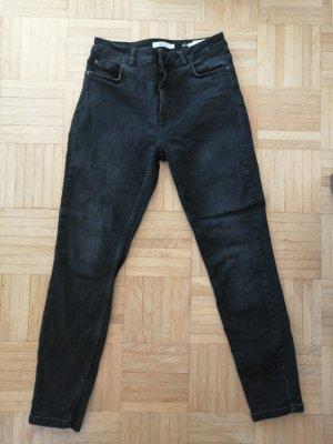 Neuwertige Highwaist-Jeans