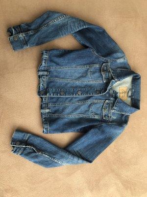Neuwertige Jeansjacke