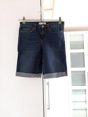 Neuwertige Jeansshorts, Gr. 26