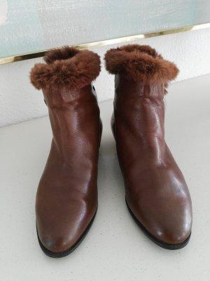 Winter Booties brown