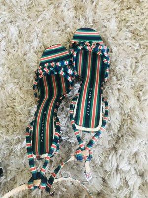 Zara Sandales à talons hauts et lanière multicolore