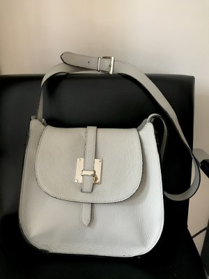 Bolsa de hombro gris claro