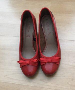Neuwertige Schuhe von S Oliver