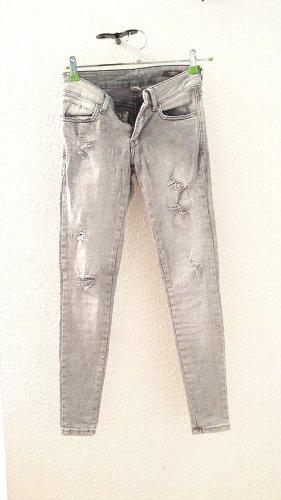 Mango Jeansy 7/8 jasnoszary-biały Bawełna