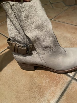 Neuwertige Stiefel Marke Airstep