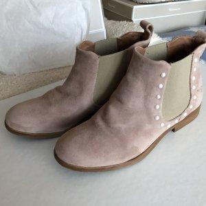 Neuwertige Stiefeletten aus Leder der Marke Arizona !!