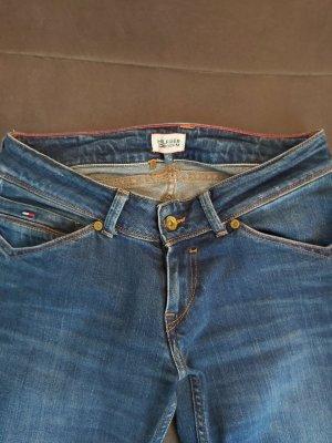 Neuwertige Tommy Hilfiger Jeans