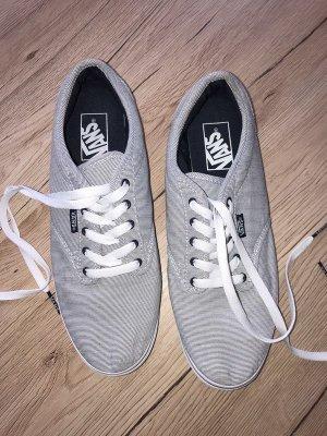Neuwertige Vans Stoffschuhe Turnschuhe Schuhe 40 schwarz weiß gestreift