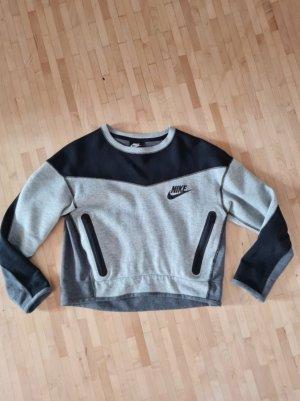Neuwertiger Cropped Sweater von Nike, Gr. XS